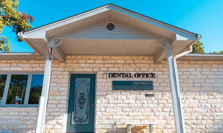 Front entrance of dentist office in Bastrop, TX